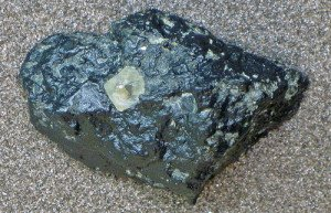 Diamond found in kimberlite stone