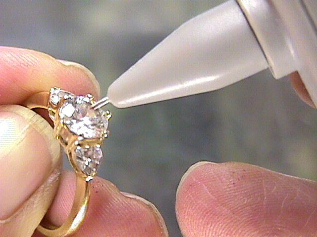 Diamond Tester for real and fake diamonds